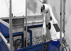 raccolta di contenitori robot con robot HYUNDAI